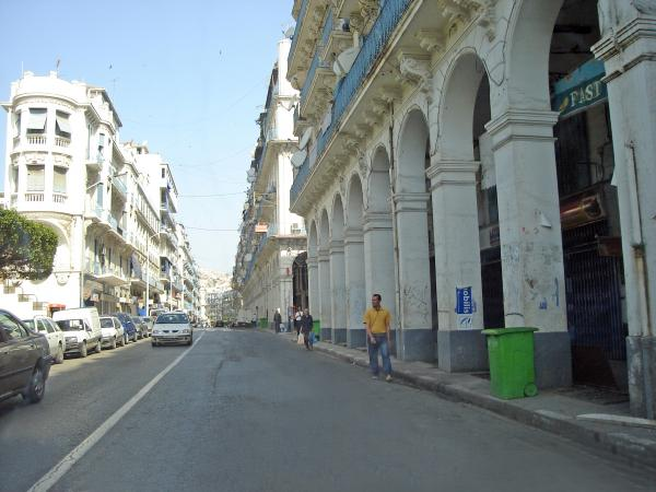divers_rues_de_bab_el_oued-tn-photo-432