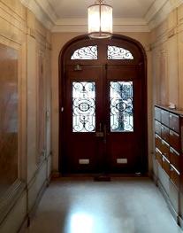 vestibule1